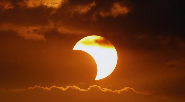 partial-solar-eclipse-600x330