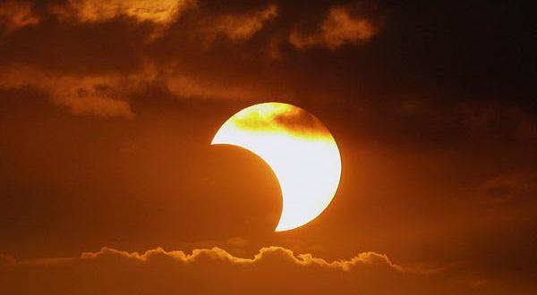 partial-solar-eclipse-600x330